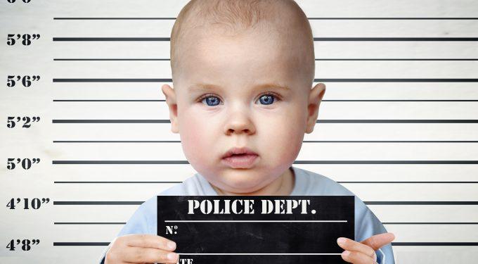 Fikcyjna działalność, fikcyjne zatrudnienie-tylko dlatego, że zaszłam w ciąże i urodziłam dziecko